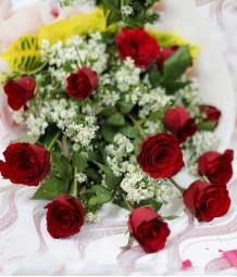 1 Dozen Red Rose