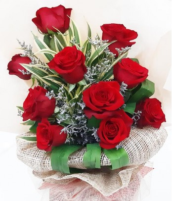 10 pcs. Red Ecuadorian Roses