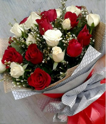 2 Dozen Mixed Red and White Roses